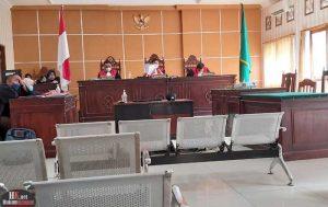 Hakim vonis Terdakwa Akbar dan kevin